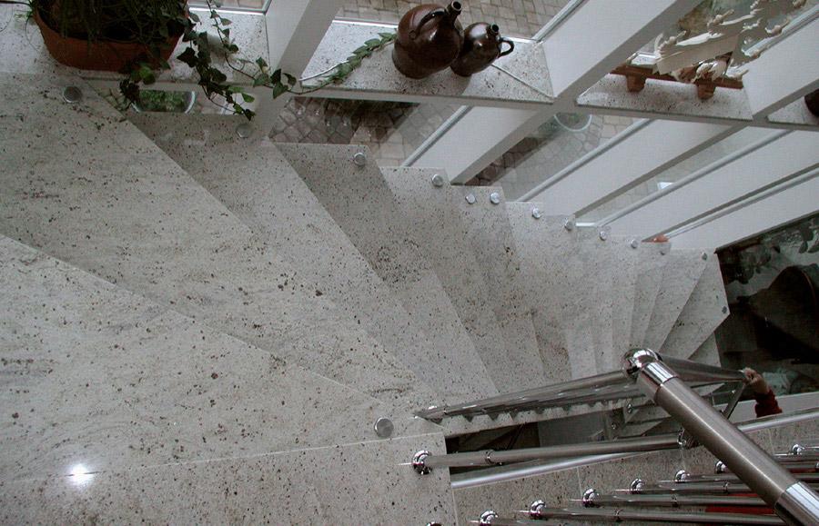Kashmir White Granite Kitchen Pictures