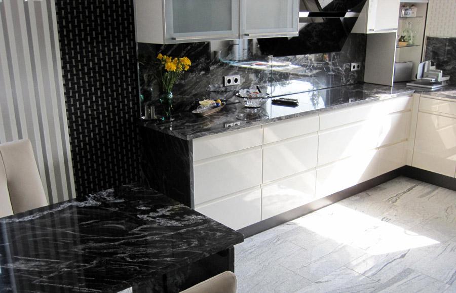 k chenarbeitsplatten aus naturstein wie granit marmor. Black Bedroom Furniture Sets. Home Design Ideas