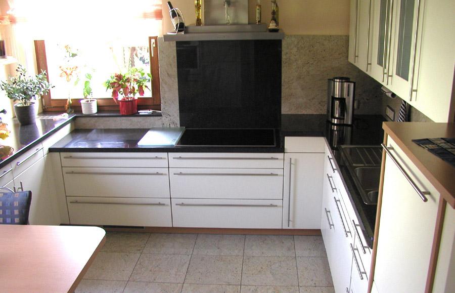 k chenarbeitsplatten aus naturstein wie granit marmor oder schiefer wieland naturstein. Black Bedroom Furniture Sets. Home Design Ideas