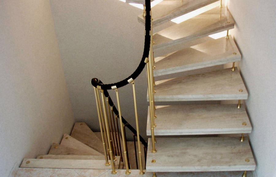 navigationen naturstein produkte naturstein treppen. Black Bedroom Furniture Sets. Home Design Ideas